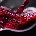 脳の神経細胞をどんどん作るなら、赤ワインで乾杯!